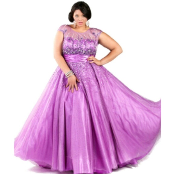 sydne\'s closet Dresses | Plus Size Prom Dress | Poshmark